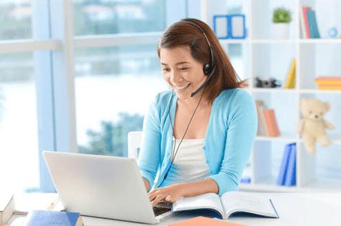 Giáo viên dạy tiếng Anh trực tuyến tăng thu nhập